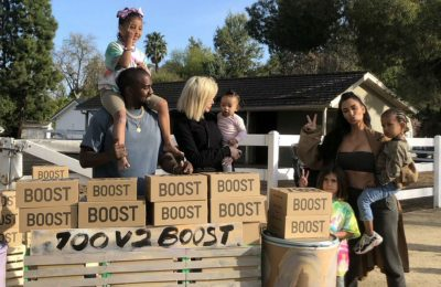 Kanye West and Kim Kardashian Sell Lemonade To Raise a Charity For Mental Health!