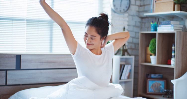 'Early to bed and early to rise, makes a man healthy, wealthy, and wise!', 5 ways to sleep early and benefits of it.