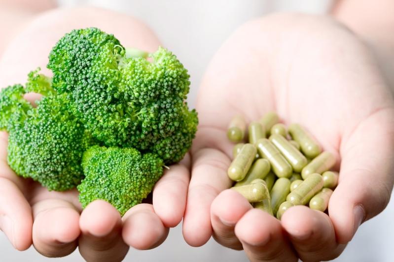 Supplements taken despite balanced diet in the west. Does it benefit the health?