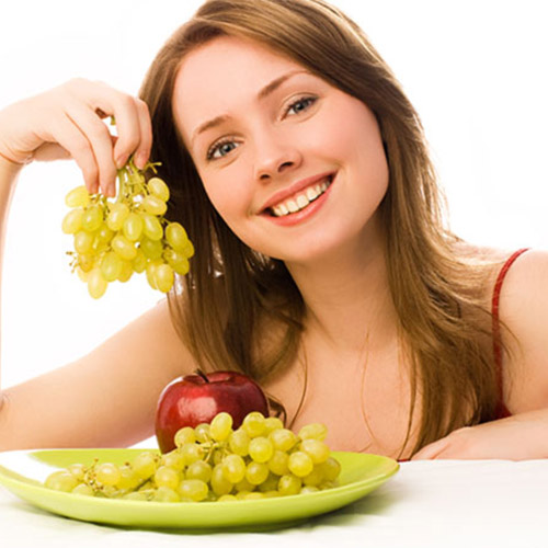 Benefits of eating Grapes Daily