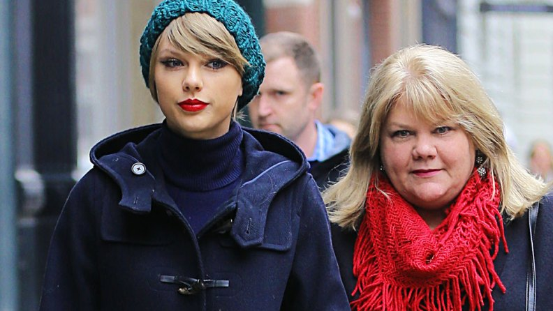 Health Update: Taylor Swift's Mother has Brain Tumor